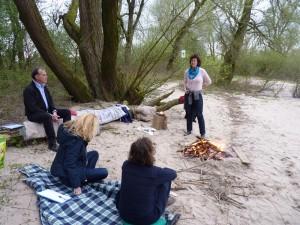 Feuer und Wasser im Einklang am Rhein